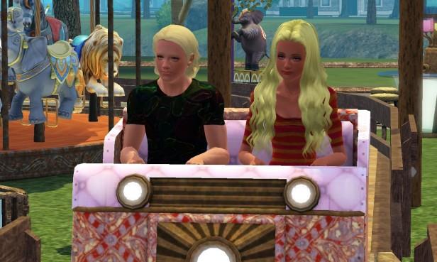 Lenora & Tyrone on Roller Coaster 1 (Medium)